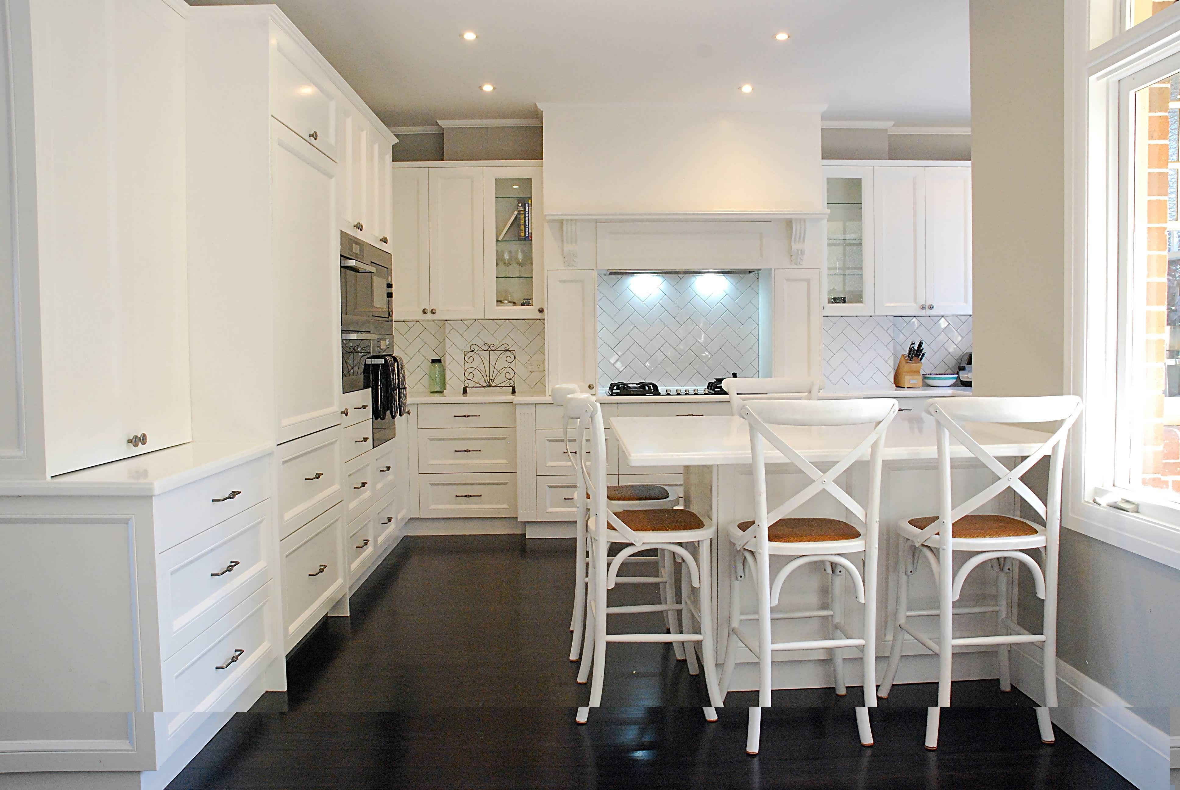 Kitchen Design Etobicoke Home Decor Home Designs Ideas Home Decor Home Interiors Classic Kitchen Design Kitchen Design Trends Kitchen Bar Design