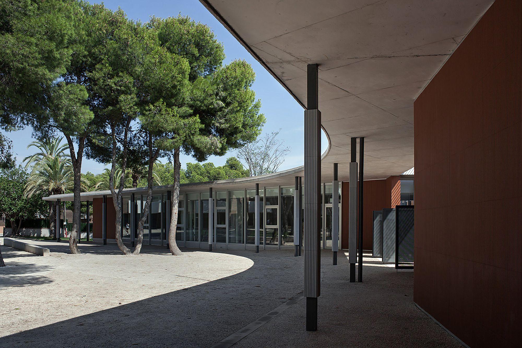 Intervenci n en colegio santa teresa de jes s pe in for Restaurante escuela de arquitectos madrid