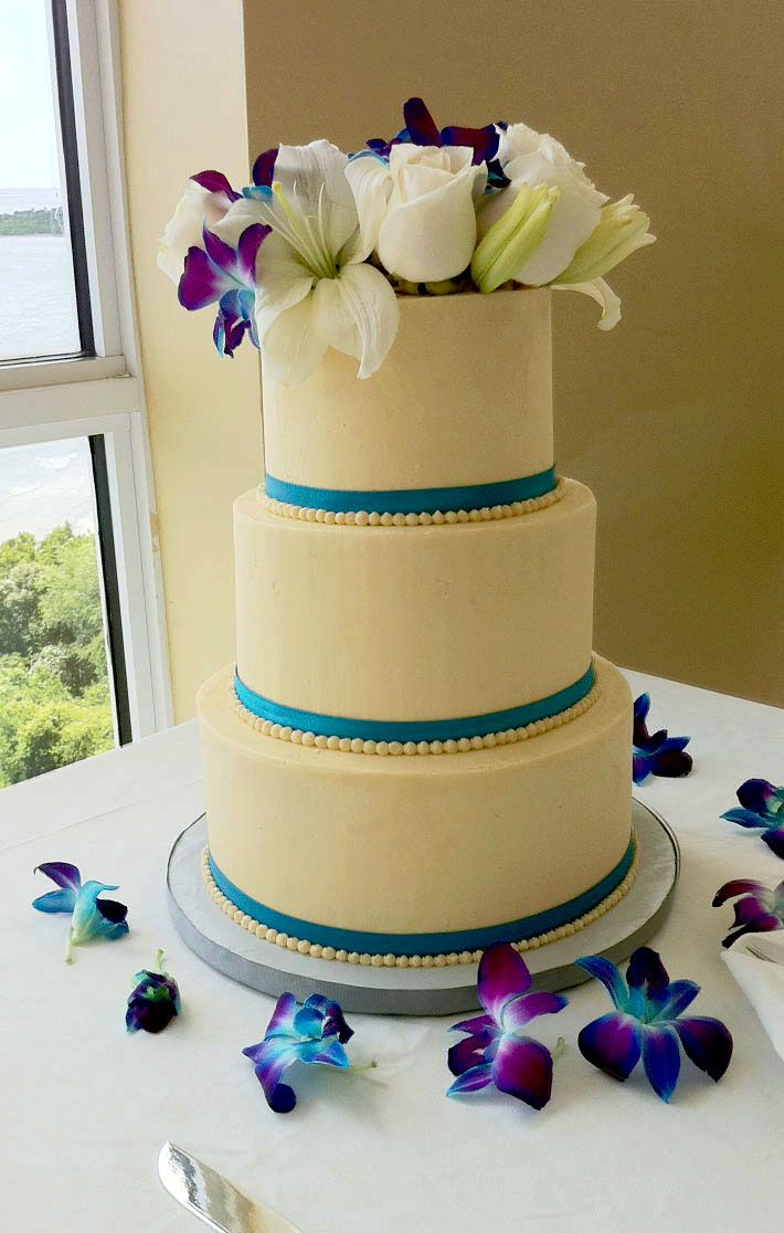 A teal purple wedding cake. | Wedding stuff | Pinterest | Purple ...