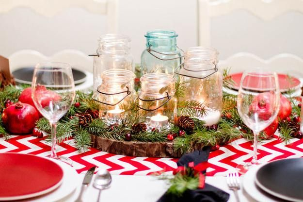 22 Country Christmas Decorating Ideas Enhanced With Recycled Crafts And Rustic Vibe Holidays Christmas Table Centerpieces Christmas Centerpieces Rustic Christmas