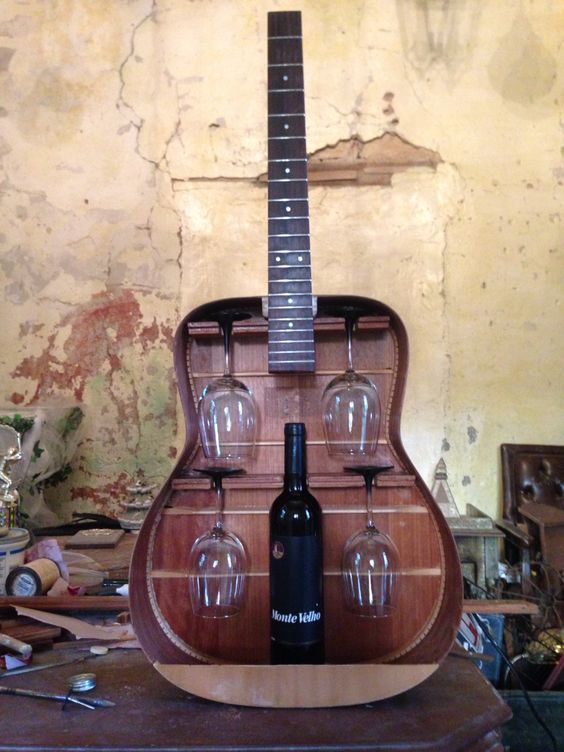 Useful Repurposed Guitar Ideas For Diy Enthusiasts Best Craft Projects Home Diy Diy Furniture Home Decor