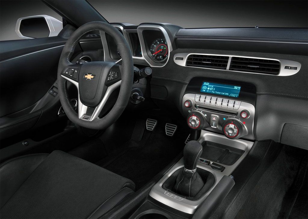 2015 Chevrolet Camaro Interior Design