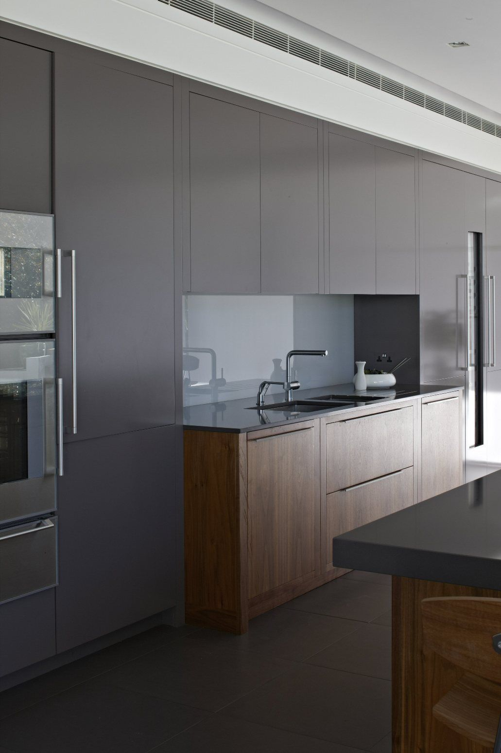 Chamber Furniture designed and manufactured the Kitchen
