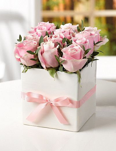 Mother S Day Pink Rose Cube M S Flower Arrangements Baby Shower Flowers Flowers