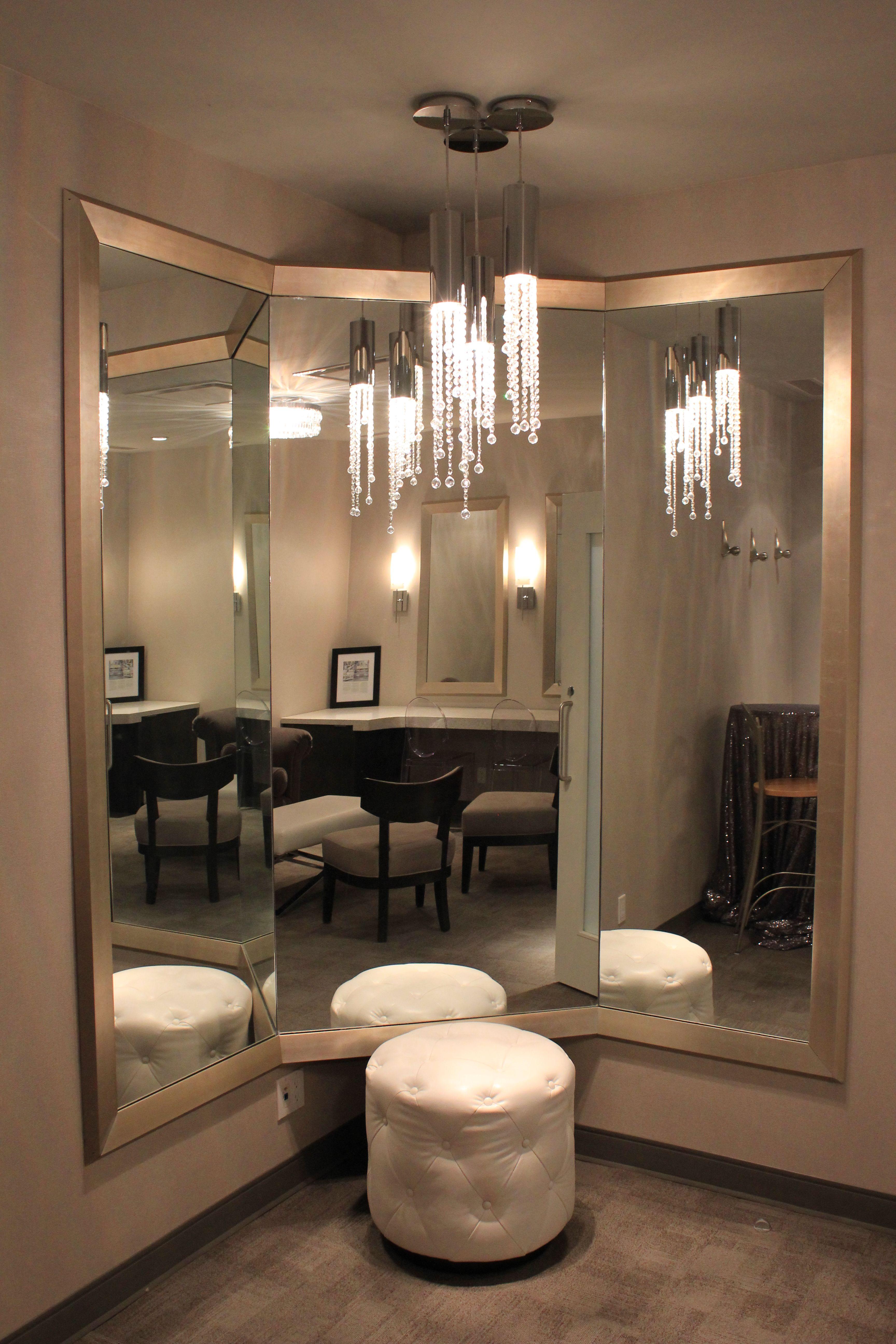 Bridal Suite 3way Mirror Arcadian Loft Bridal Suite Room Bridal Dressing Room Bridal Suite Decor
