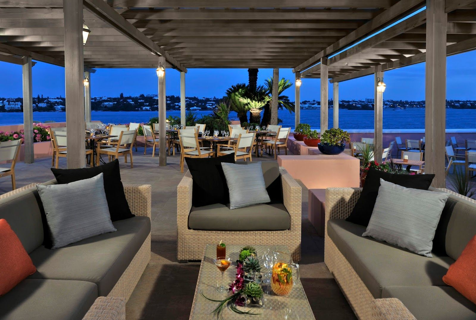 Travelista73 The Newly Renovated Hamilton Princess Beach Club A Fairmont Managed Hotel