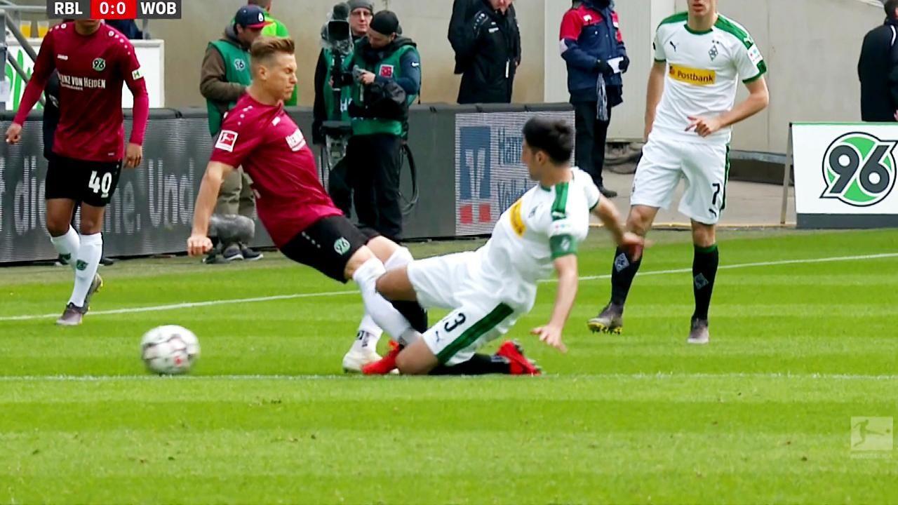 Borussia Monchengladbach Stindl Tranen Nach Schienbein Schock Borussia Monchengladbach Yann Sommer Bundesliga