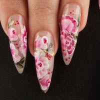Almond Shaped Nails | Trend on Trial: Retro Almond Shaped Nails
