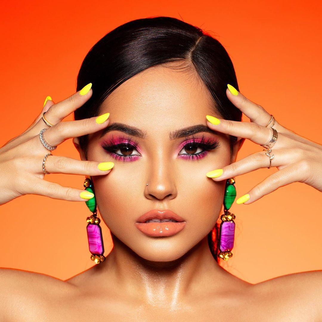 "Growing up I always  heard ""Viva Mexico!"" 🇲🇽  I agree, and I add:  ""Viva el Amor"" ""Viva La Vida"" ""Viva Las Mujeres""  Besos, Becky…"