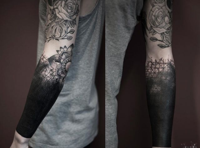 black arm tattoo | Tattoo Ideas | Black sleeve tattoo, Sleeve ...