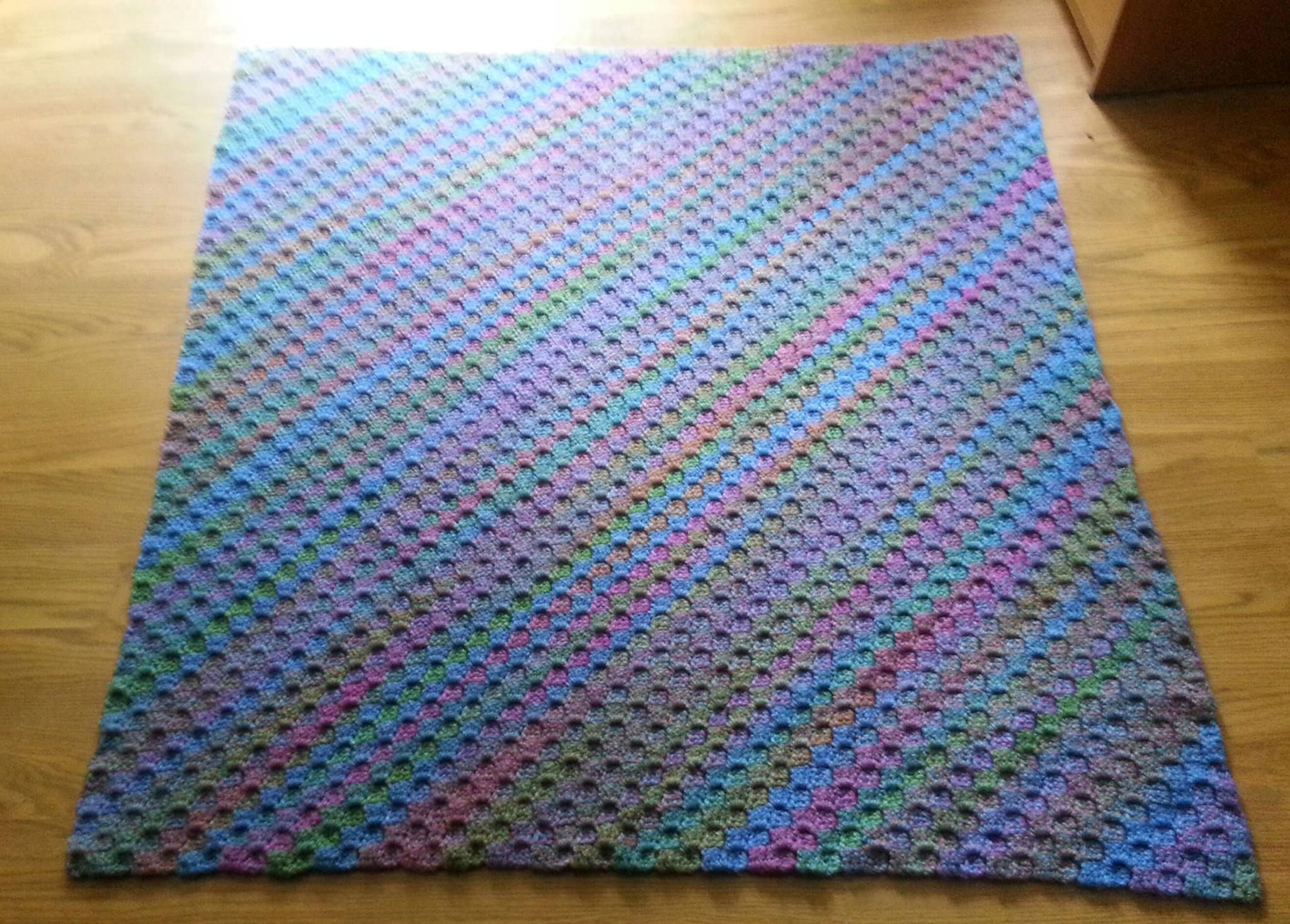 Crochet corner to corner throw crochet pattern httpwww crochet corner to corner throw crochet pattern http throw pillowsscalered heart bankloansurffo Choice Image