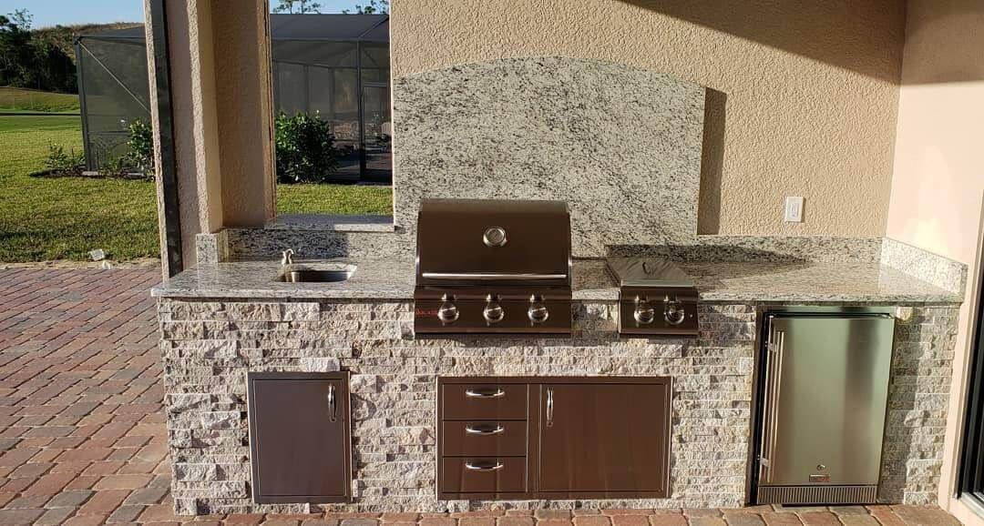 White Ornamental Granite Kitchen Outdoor Refrigerator Granite Granite Kitchen