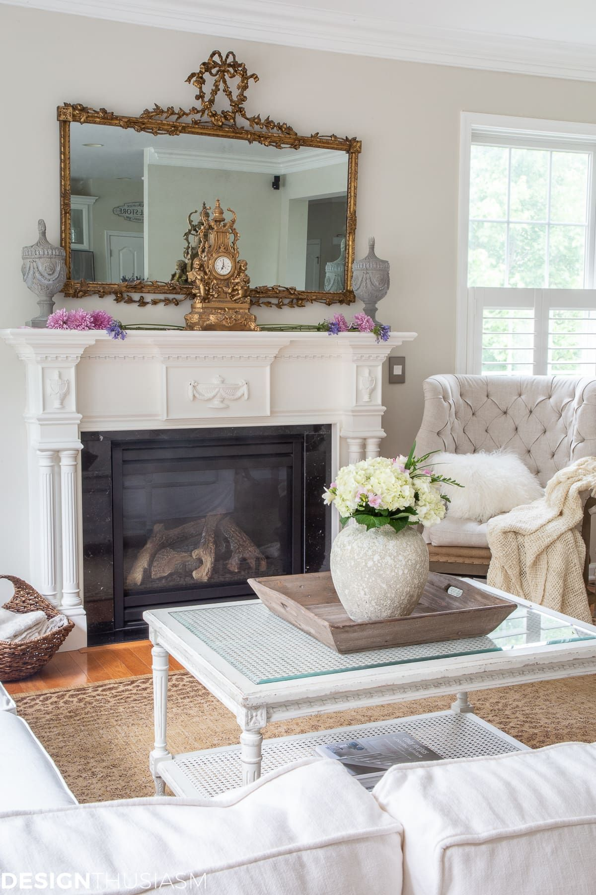 5 Ways To Upgrade Your Family Room For Luxury And Comfort Modern Family Room Decorating Family Room Modern Family Rooms