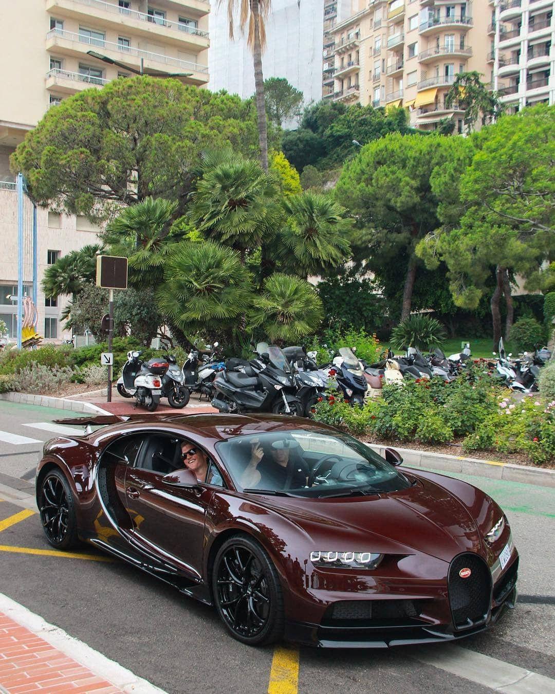 Bugatti In 2020 Luxury Car Photos Bugatti Chiron Bugatti Cars