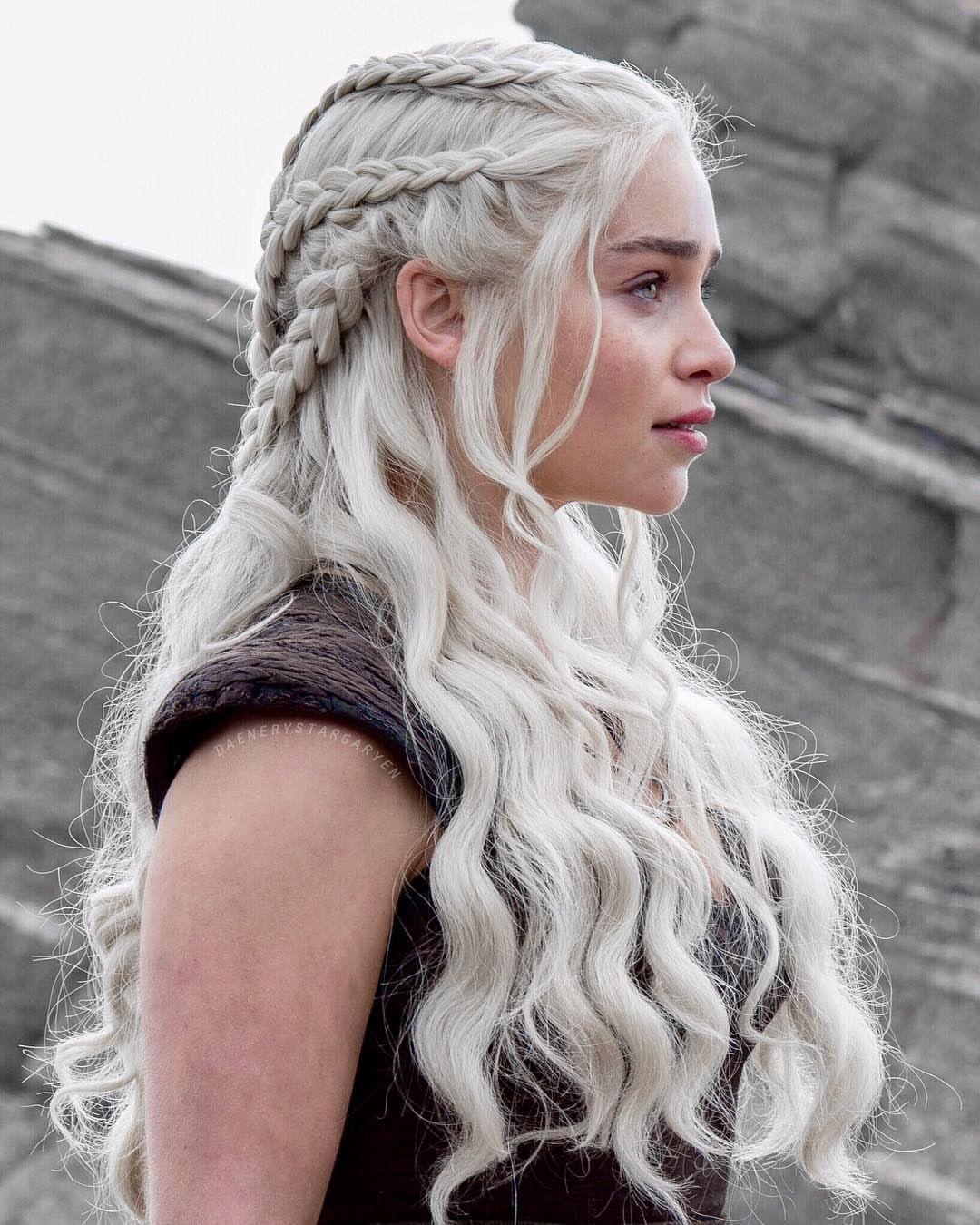 Pin By Lena On Game Of Thrones Khaleesi Hair Targaryen Hair Daenerys Targaryen Hair