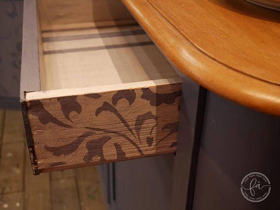 Credenza Con Legno Di Recupero : Credenza in legno dei primi del 900. dipinta a mano con interni
