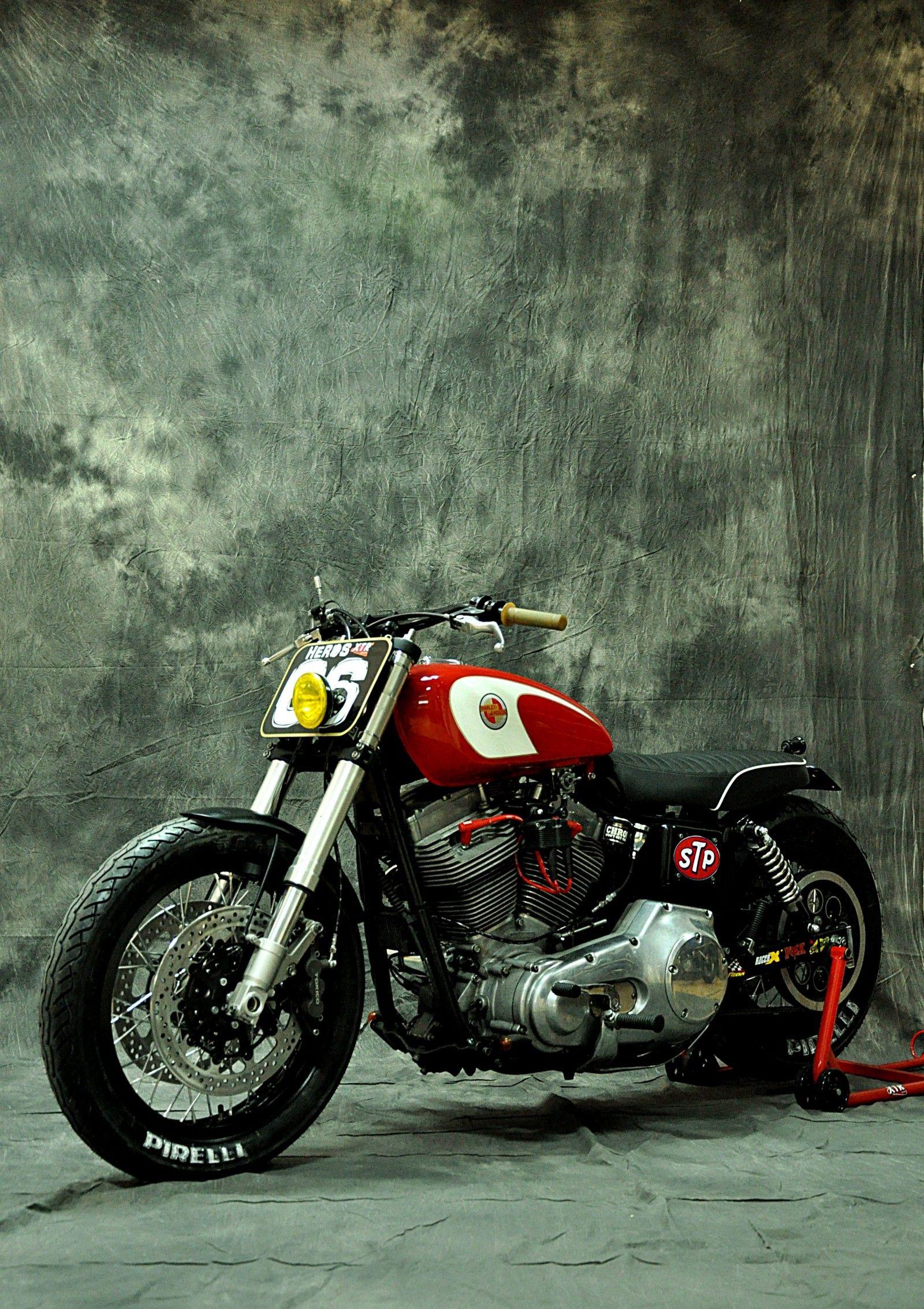 Harley Davidson Dyna Cafe Racer 12