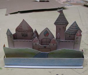 (would do more advanced than this pic) Tatebanko- paper dioramas based on famous gothic architecture - would do with yr 8-9