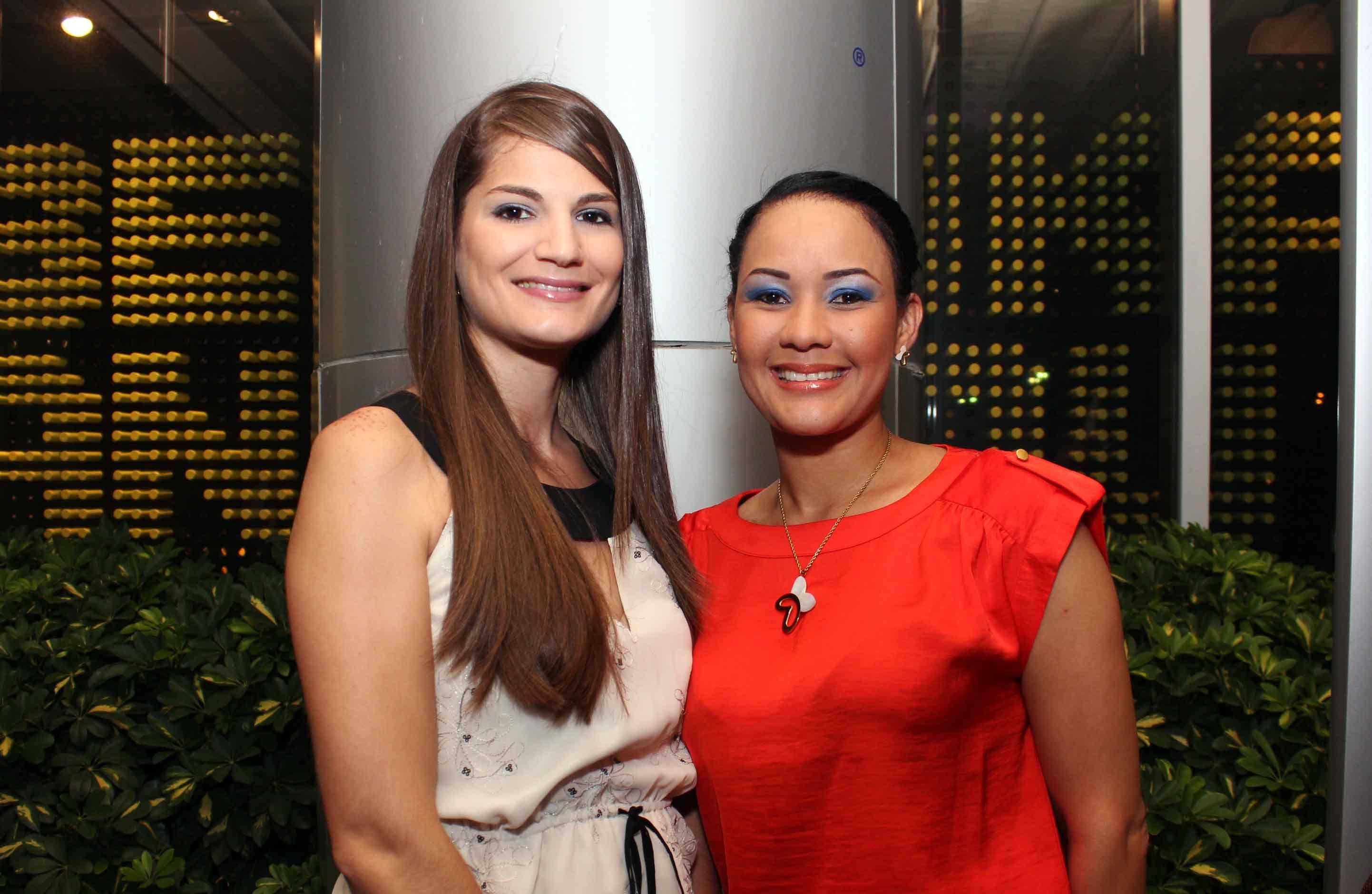 Ana viñas y Yenny Polanco.