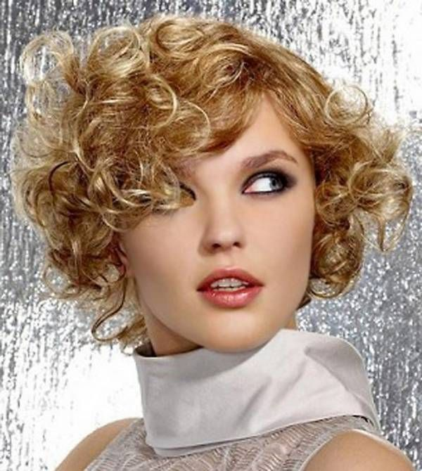 short hairstyles for curly hair and round face Fashion & Stylies
