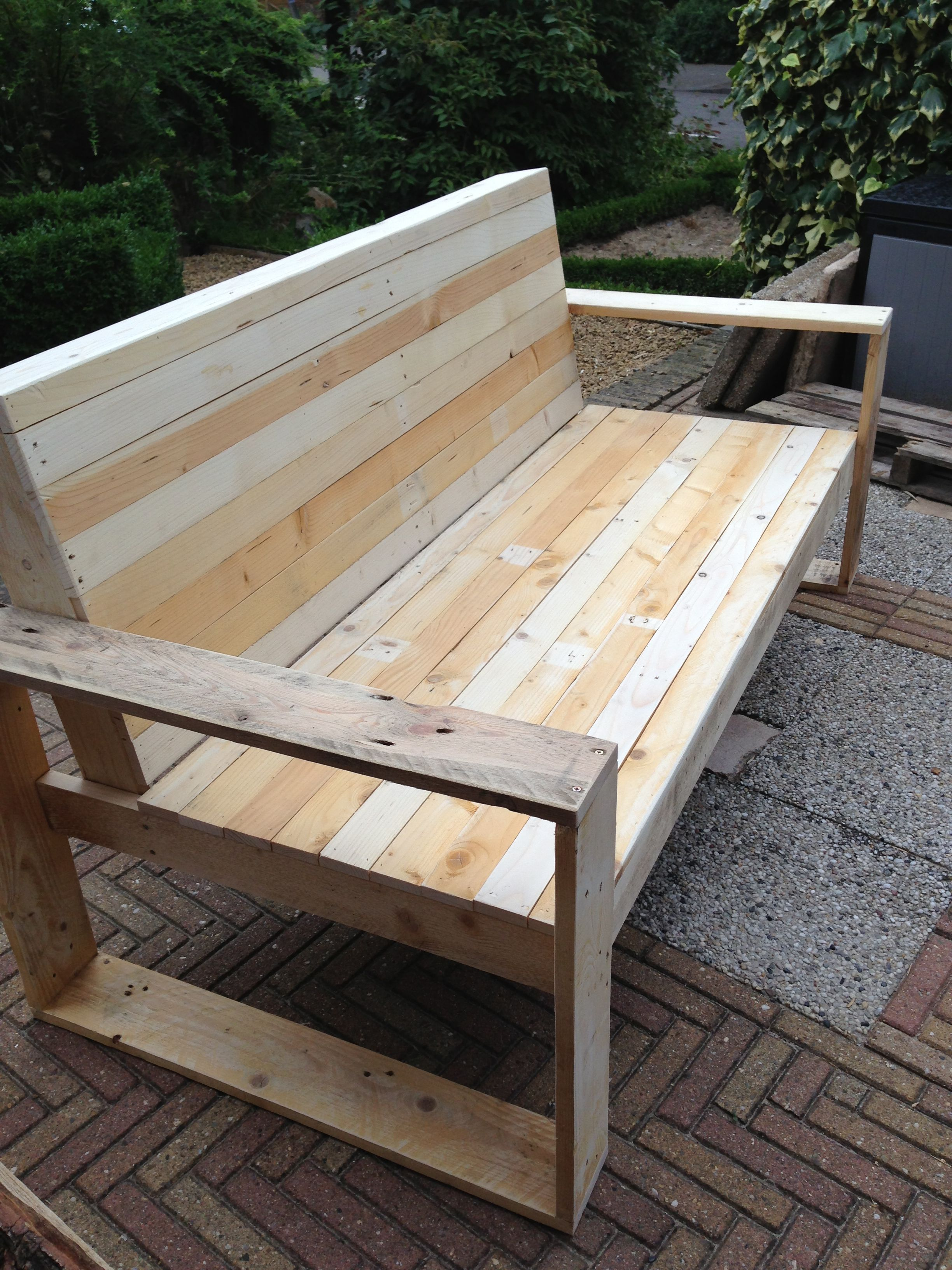 Pallet Bench Diy Made Of Palletwood Gardenbench Woodwork The Third Bench I Made Diy Pallet Furniture Pallet Furniture Outdoor Pallet Garden Benches