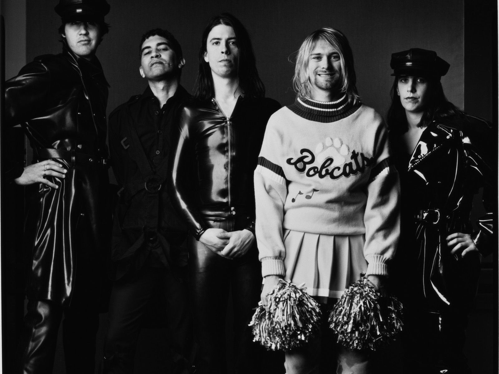 27 Jan 1994 — Nirvana members from left: Krist Novoselic, Pat Smear, Dave Grohl, Kurt Cobain and Melora Creager. — Image by (C) Mark Seliger/CORBIS OUTLINE