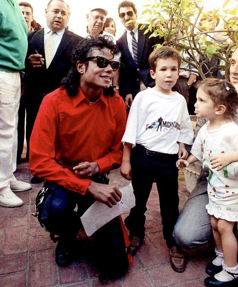 Michael Jackson ♕ (@MJJLegion) | Twitter | jacksons in 2019