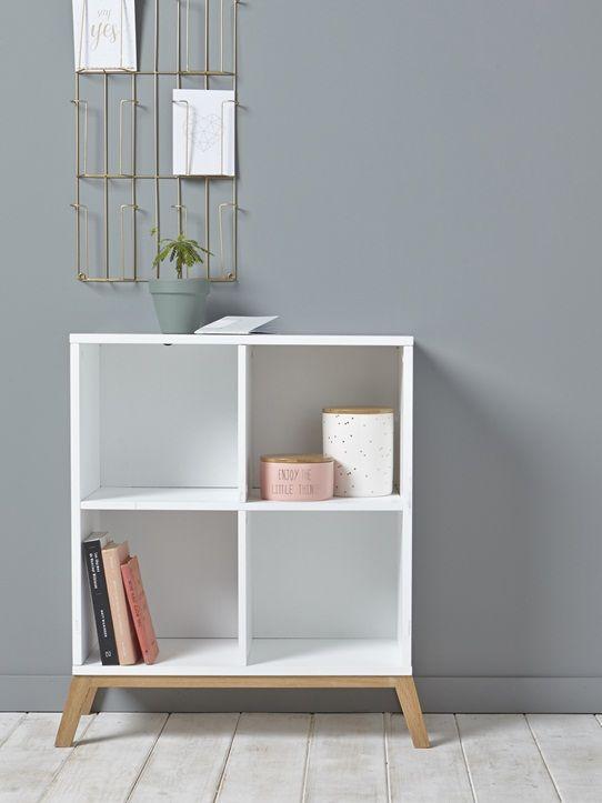 Le design simplissime de ce meuble à casiers le rend