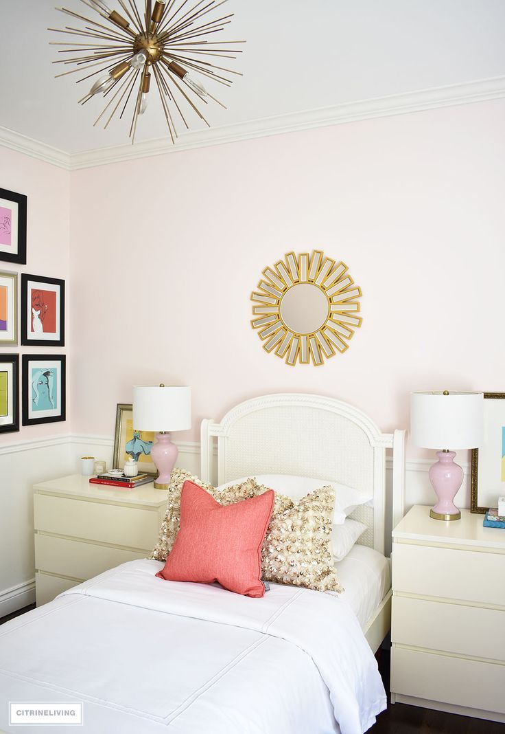 BLUSH PINK AND CORAL BEDROOM WITH BRASS ACCENTS | girl bedroom ideas ...