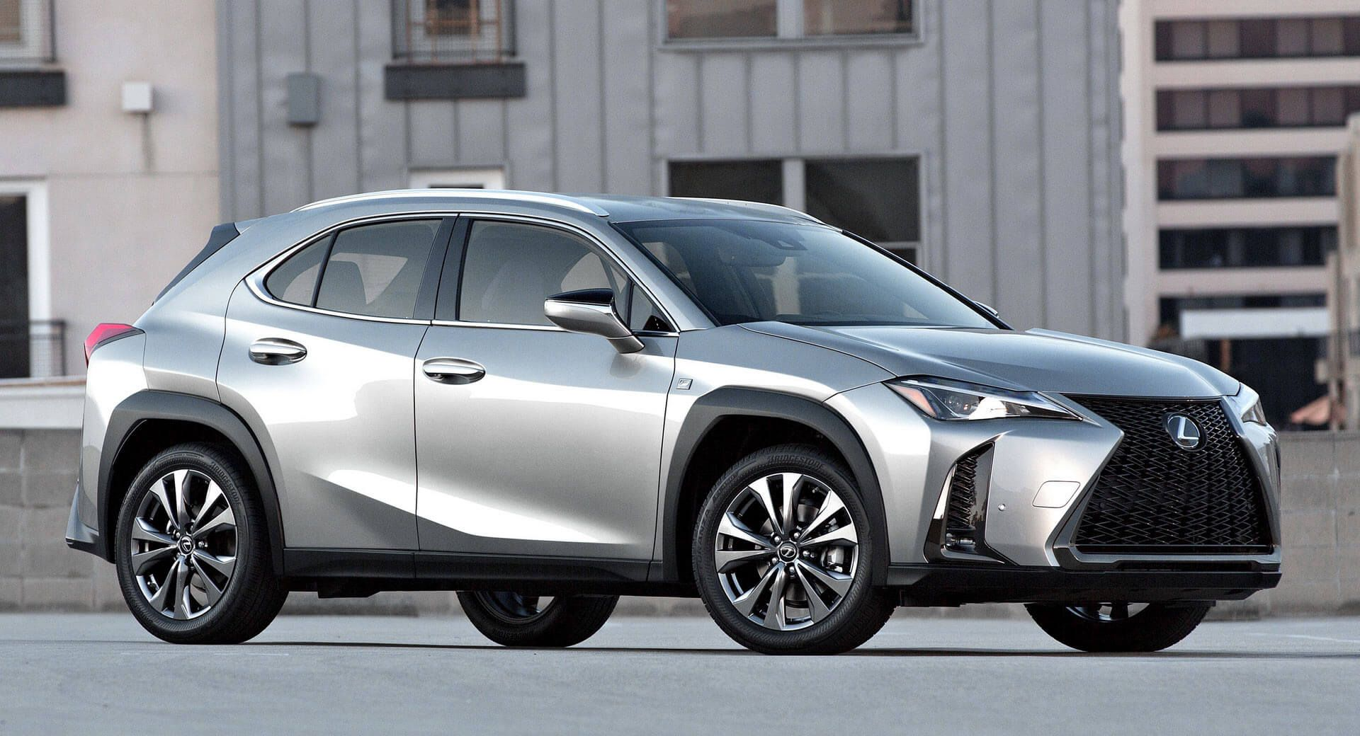 2019 Lexus Ux Small Suv Gets Up To 168hp In U S Available With Subscription Carscoops Lexus Suv Lexus Suv Models Small Suv