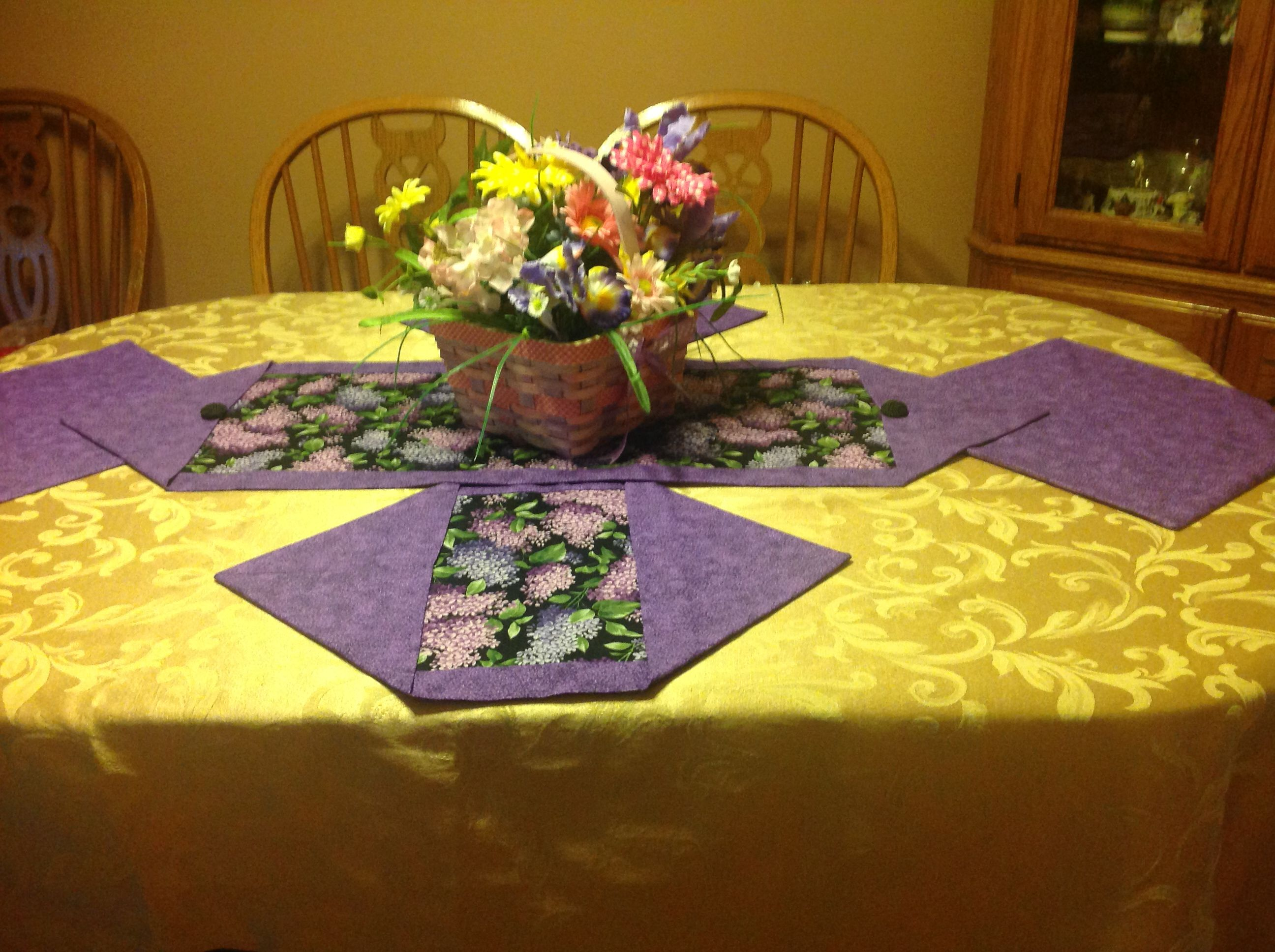 how to make a table runner with backing