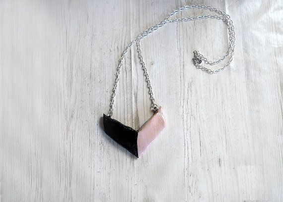 Modern cold porcelain necklace V line black pink elegant design jewellery jewelry stores pendant necklace contemporary jewelry birthday gift