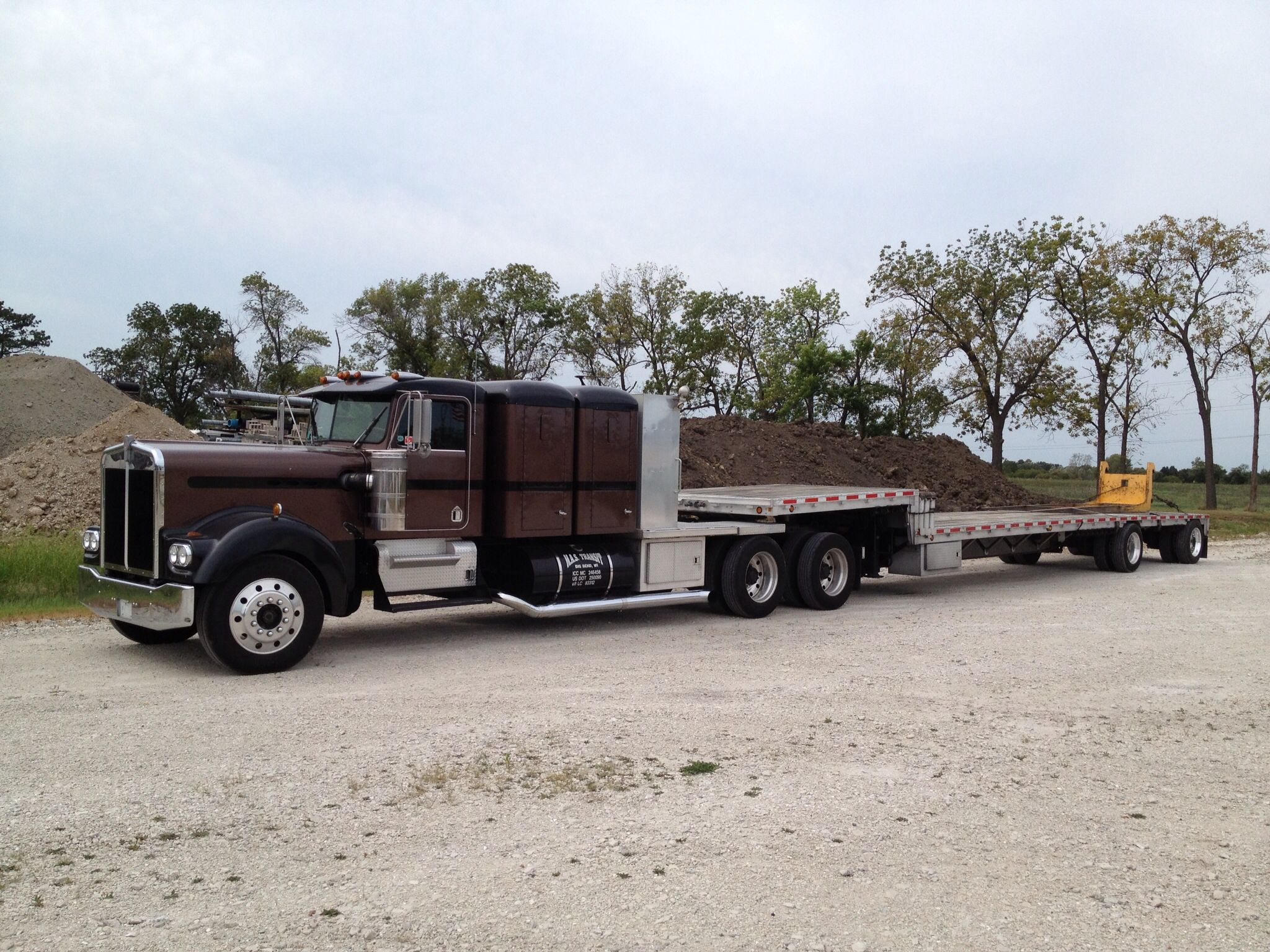 1960 S 70 S Extended Hood Kenworth With Old School Double Sleeper