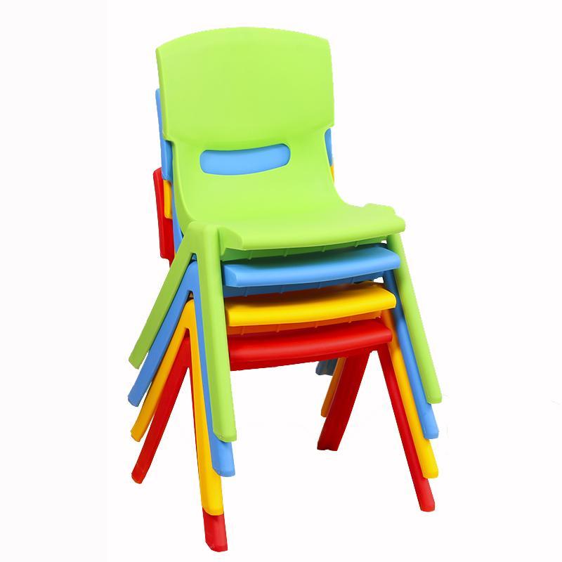 Bello Sedie Di Plastica Per Bambini | Idee di Design per ...