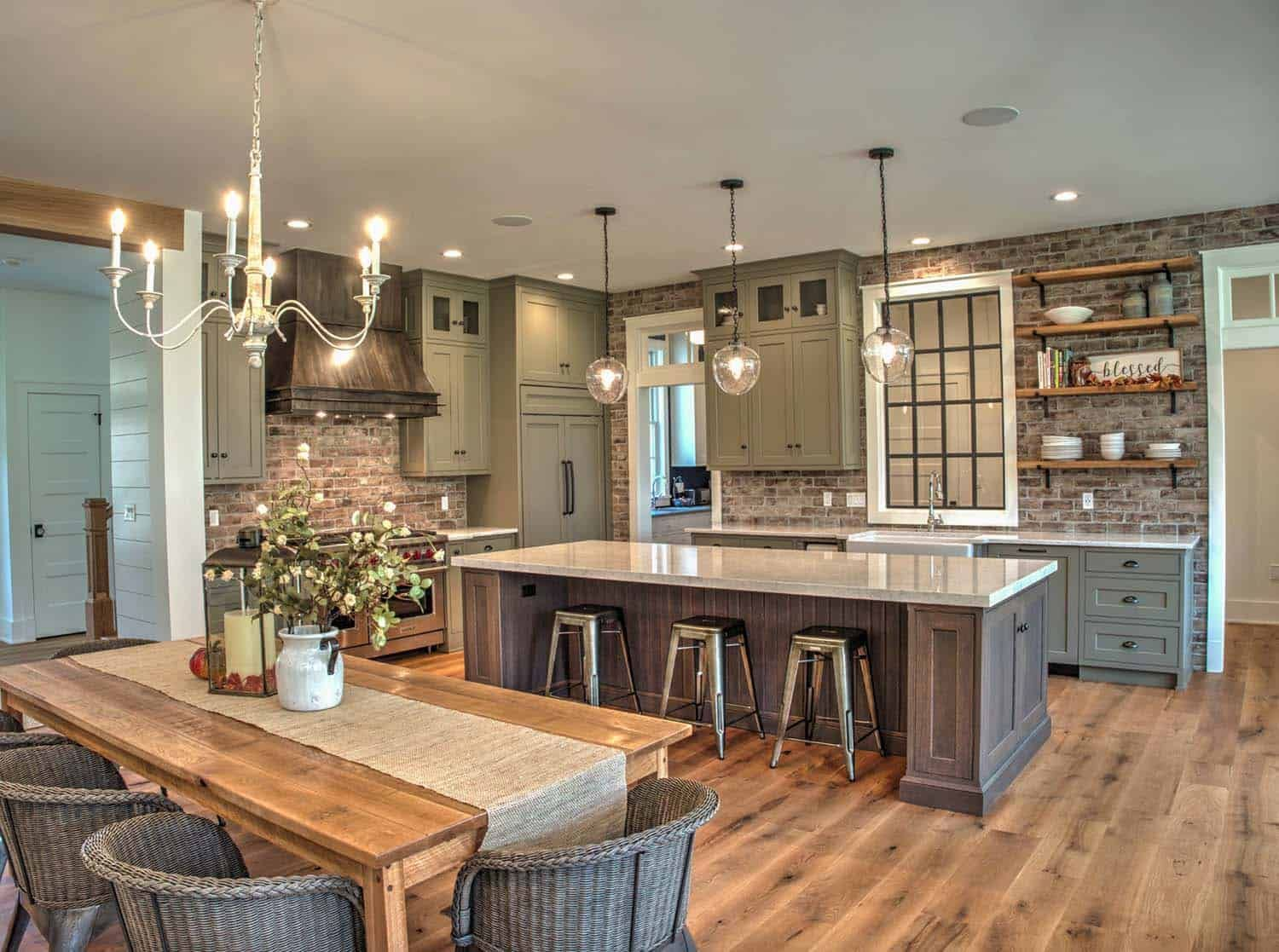 25+ Absolutely Gorgeous Transitional Style Kitchen Ideas