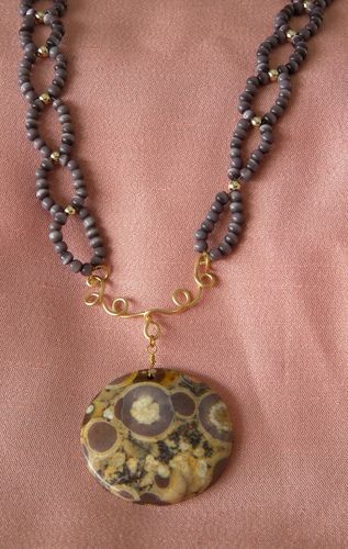 Handmade purple necklace Jasper with fossils, chain of beaded rings.