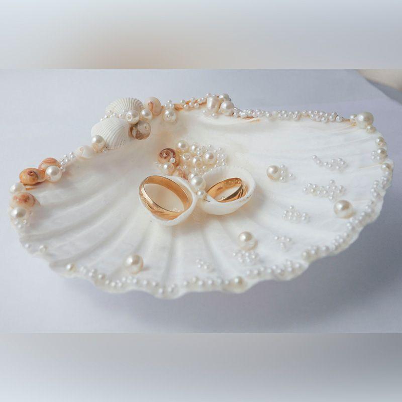 Bildergebnis fr ring bearer shell wedding Pinterest Ring