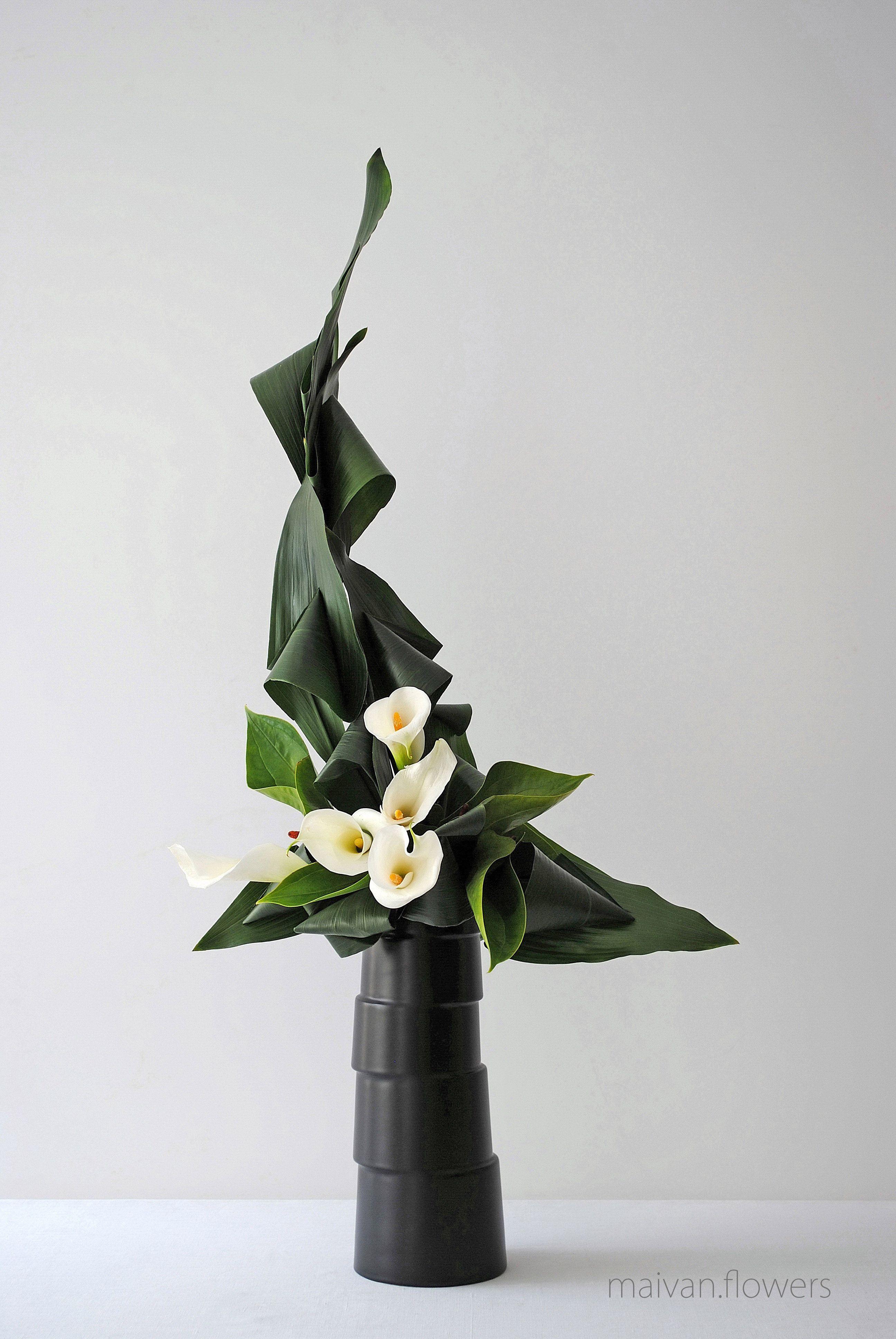 art floral moderne floral arrangements. Black Bedroom Furniture Sets. Home Design Ideas
