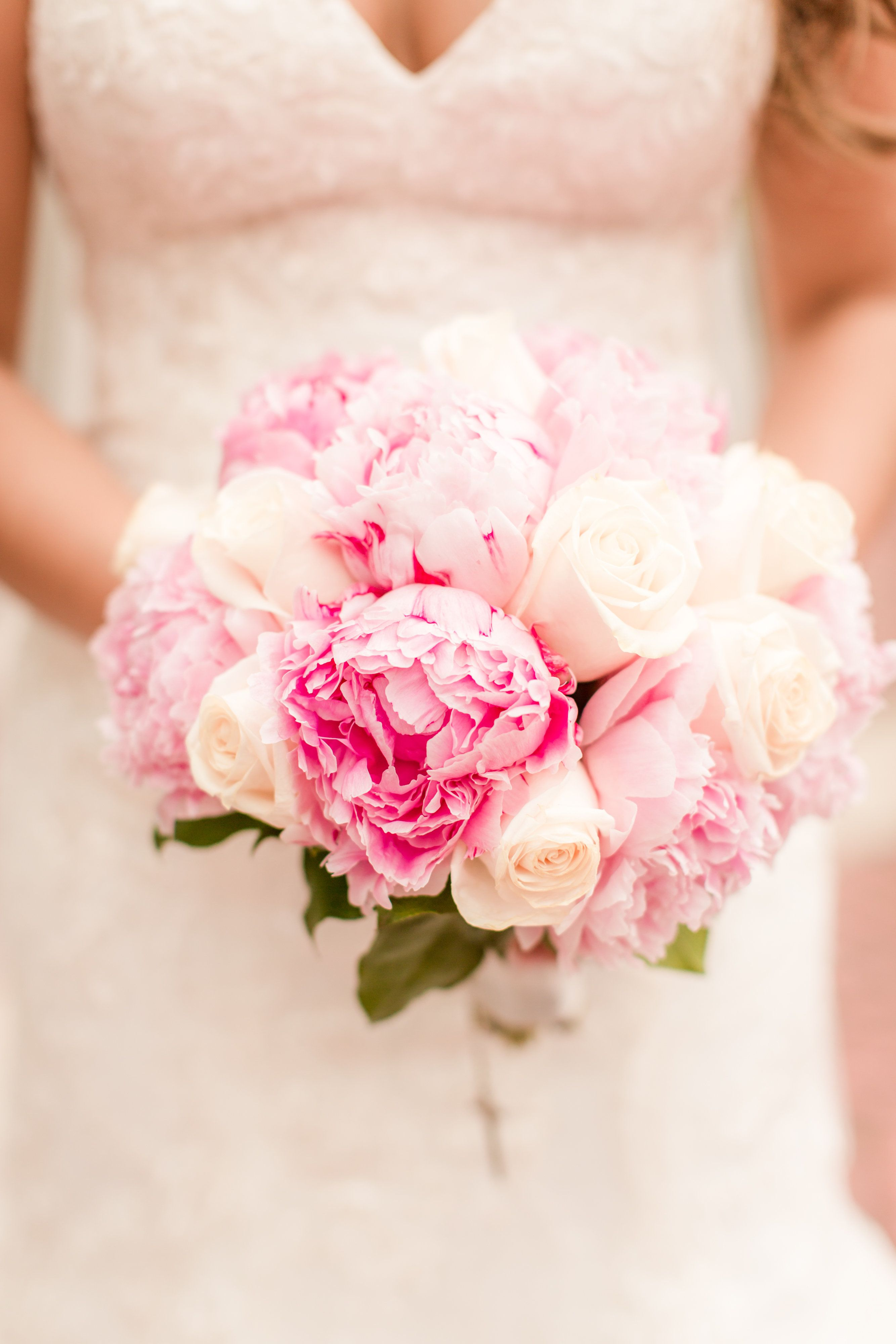 Light Pink Bouquet For Bridesmaid Classic Ny Wedding Timeless Ny