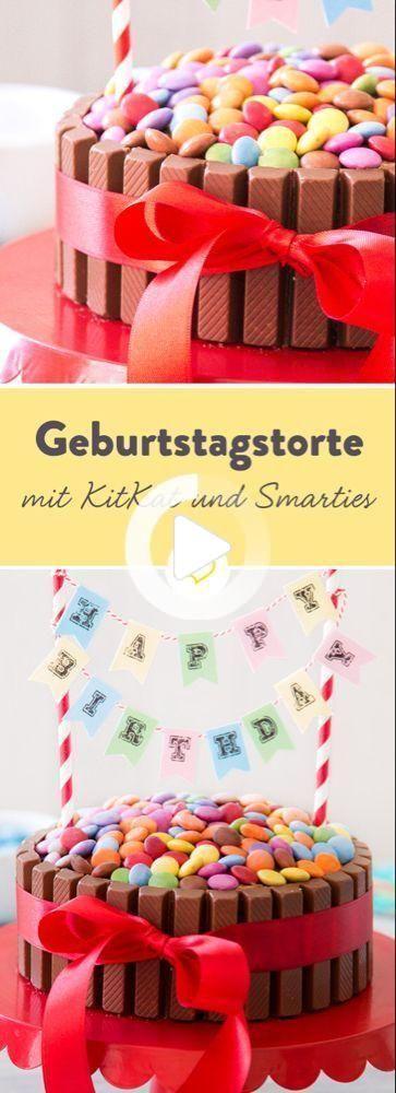 KitKat-Torte: kinderleichter und kunterbunter Geburtstagskuchen