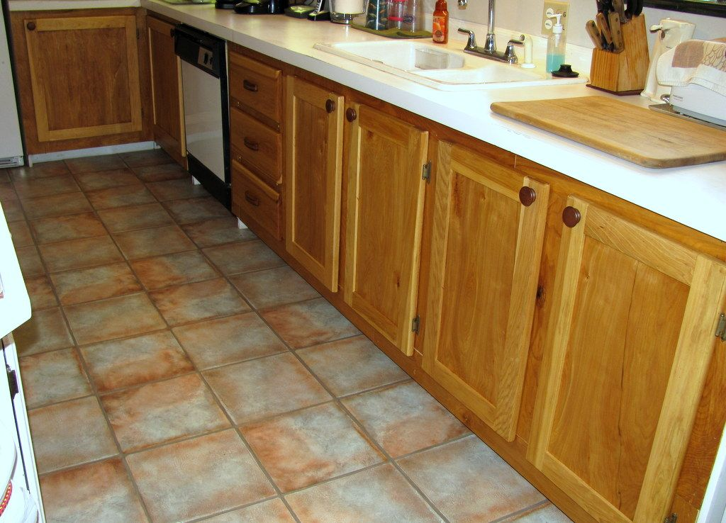 Reface those kitchen cabinets using your Kreg jig for a ...