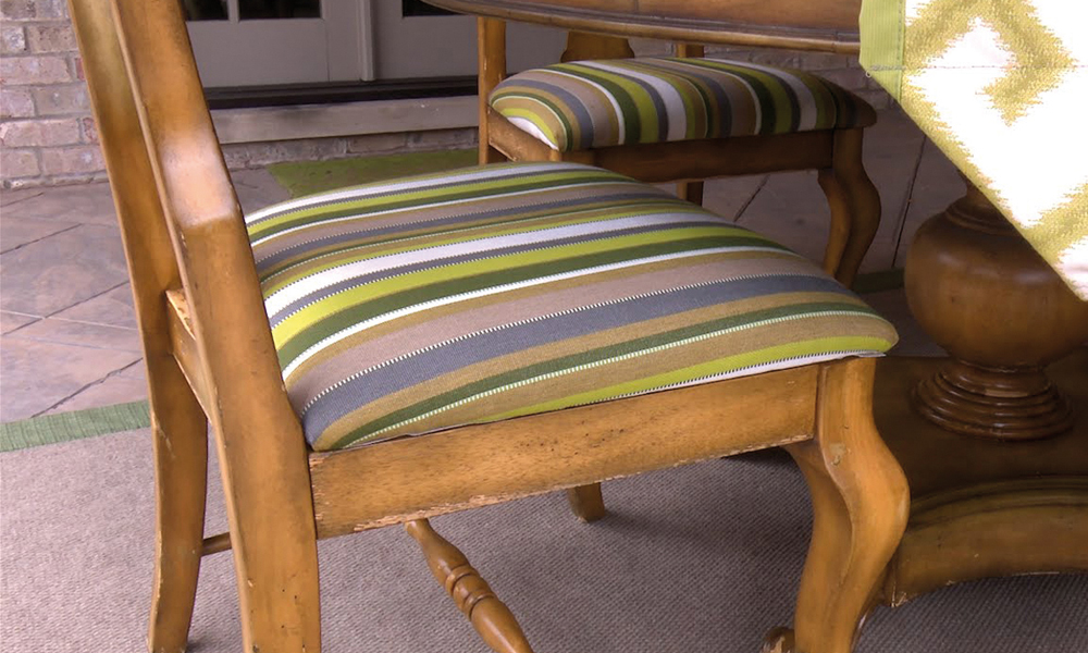 Székek kárpitcseréje | Szék, Irodai szék, Bútor felújítás