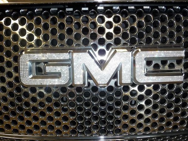 Bedazzled Crystal Gmc Emblem Most Models Gmc Truck