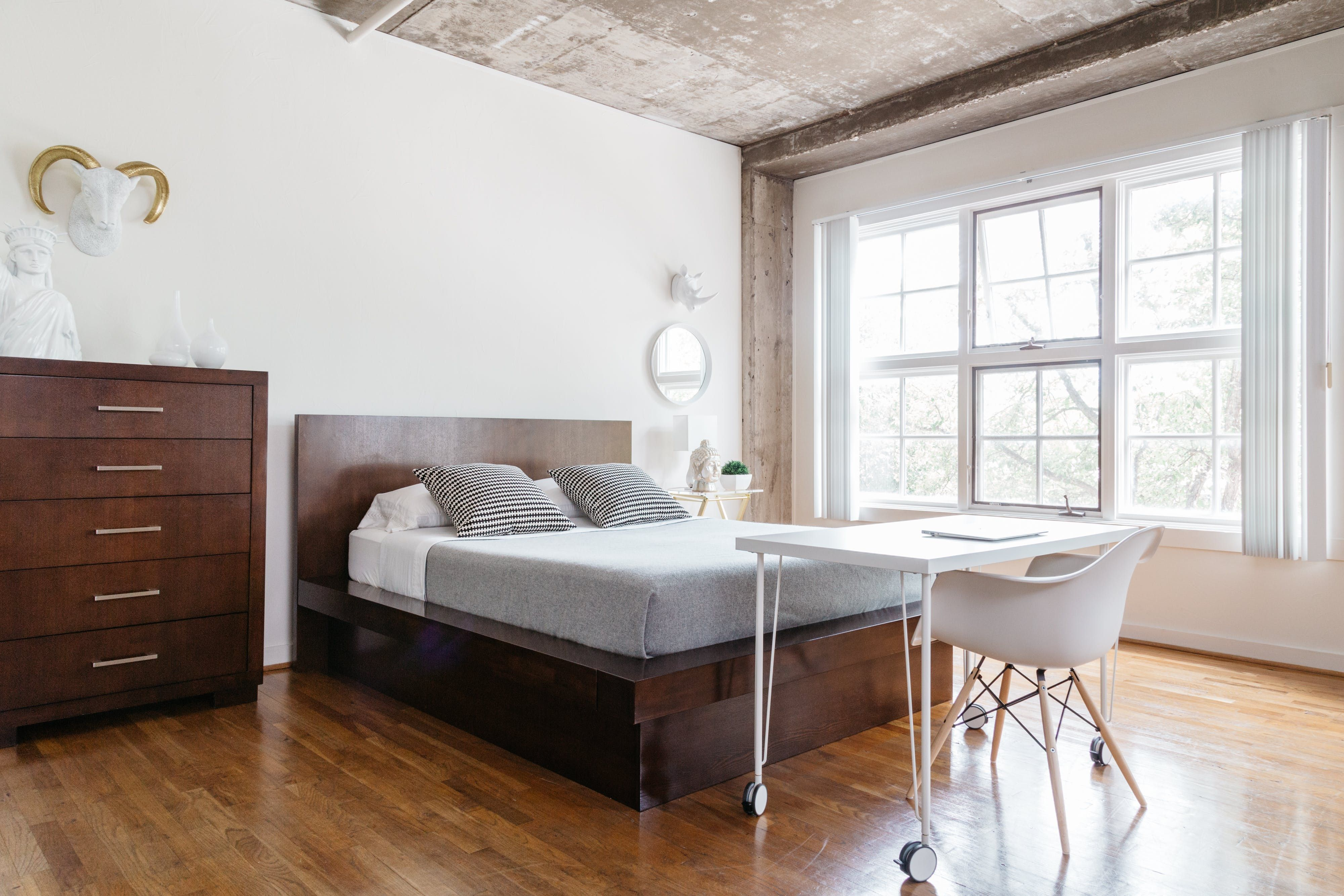 Loft style bedroom ideas  Real People Share What Influences Them to Live u Design Minimally