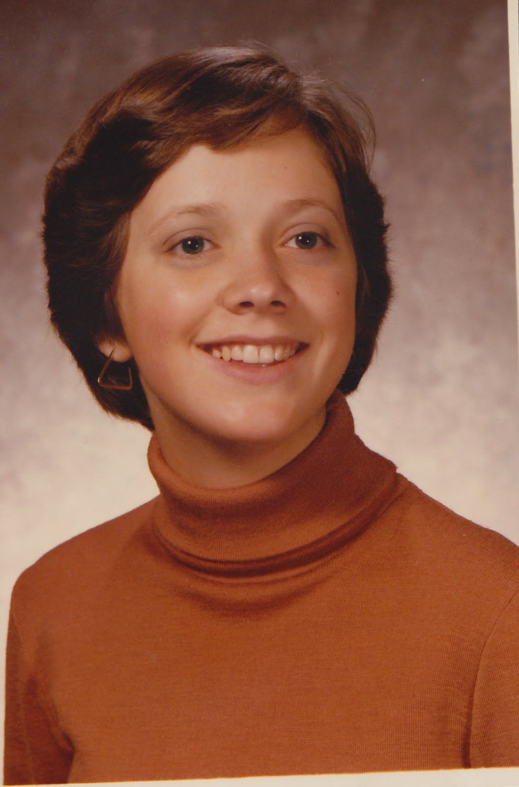 dorothy hamill wedge haircut short young hair but in a fit of