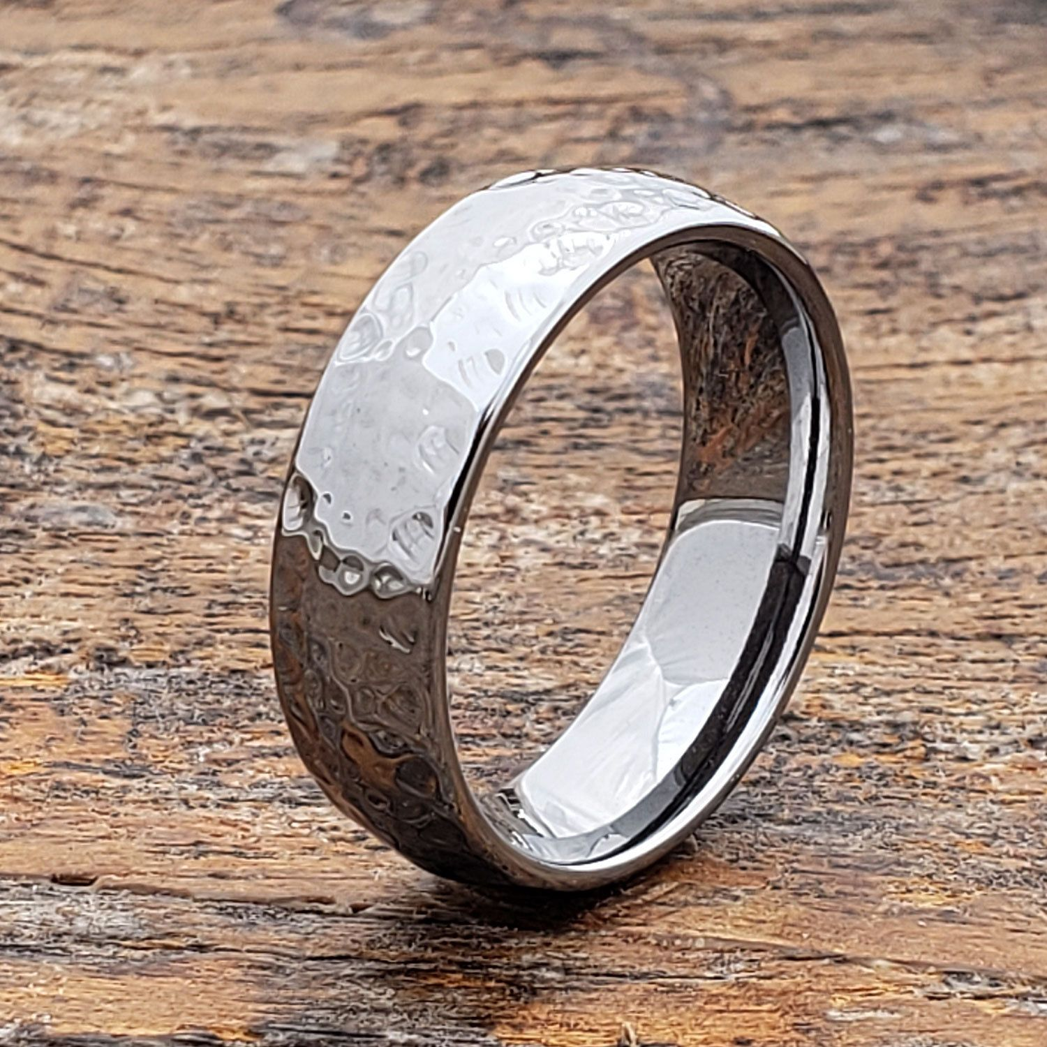 Hammered Ring Mens Tungsten Wedding Band Tungsten Wedding Etsy Mens Wedding Bands Tungsten Rings For Men Hammered Rings