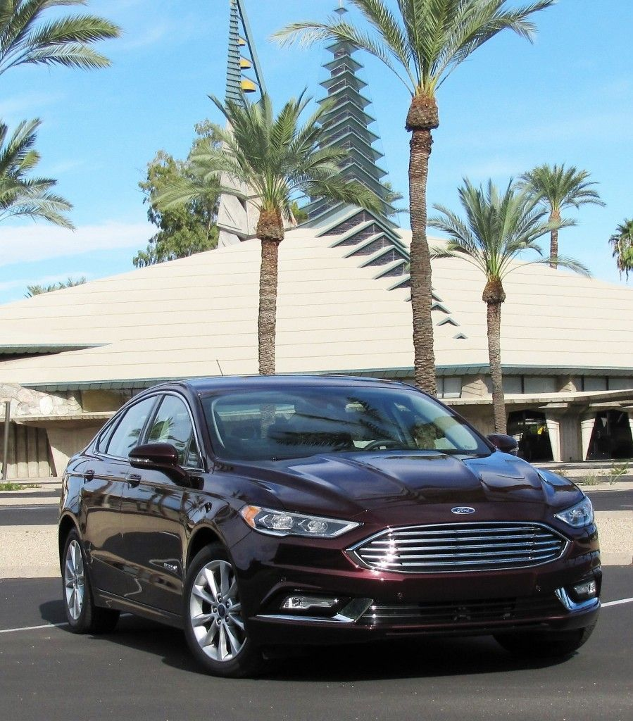Driven: 2017 Ford Fusion Hybrid Sedan