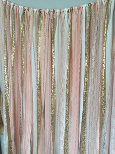 13 NYE Photo Booth Backdrops You Can Buy or DIY via Brit + Co