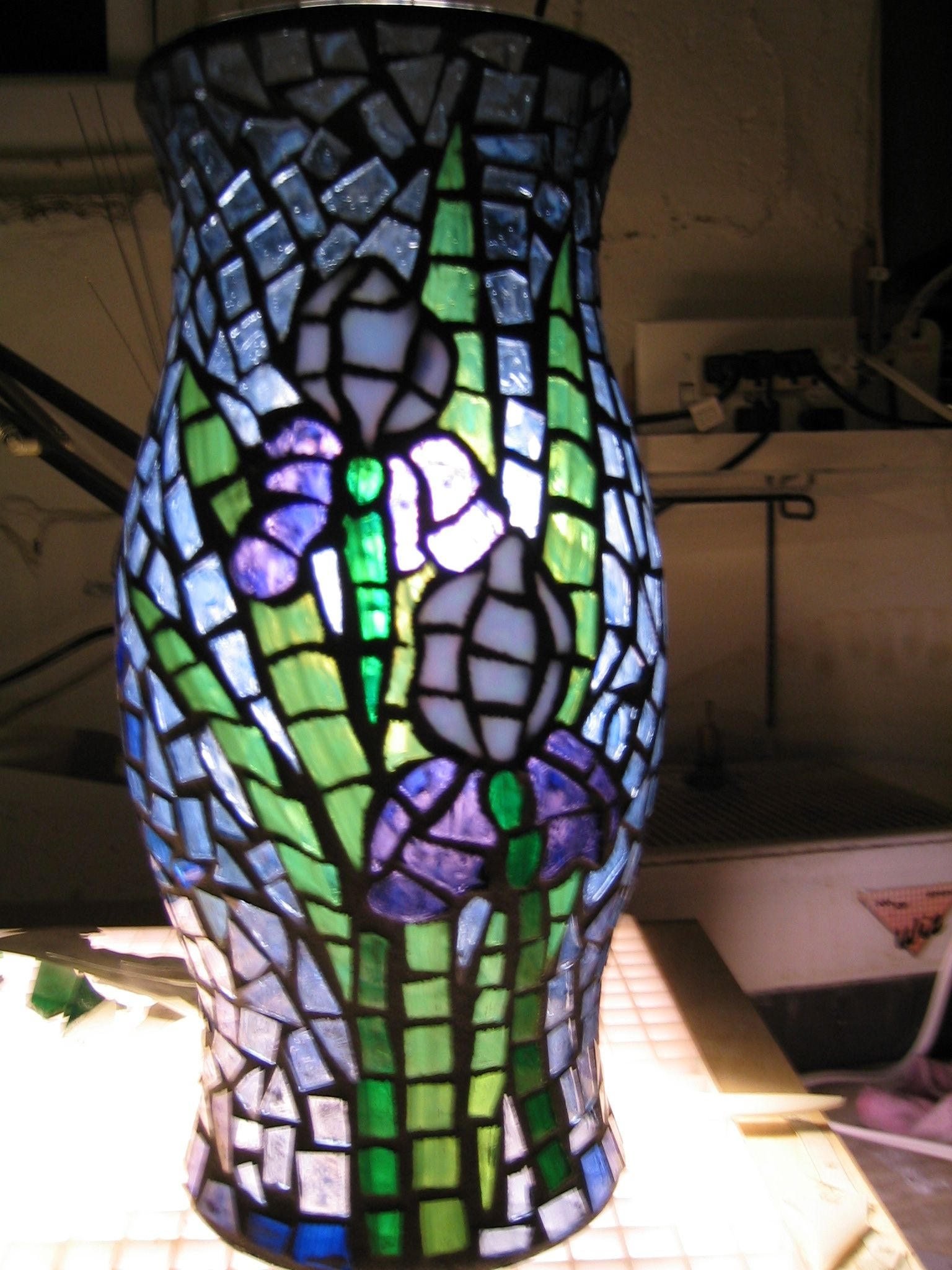 Iris stained glass applique' mosaic lamp shade | My Style ...
