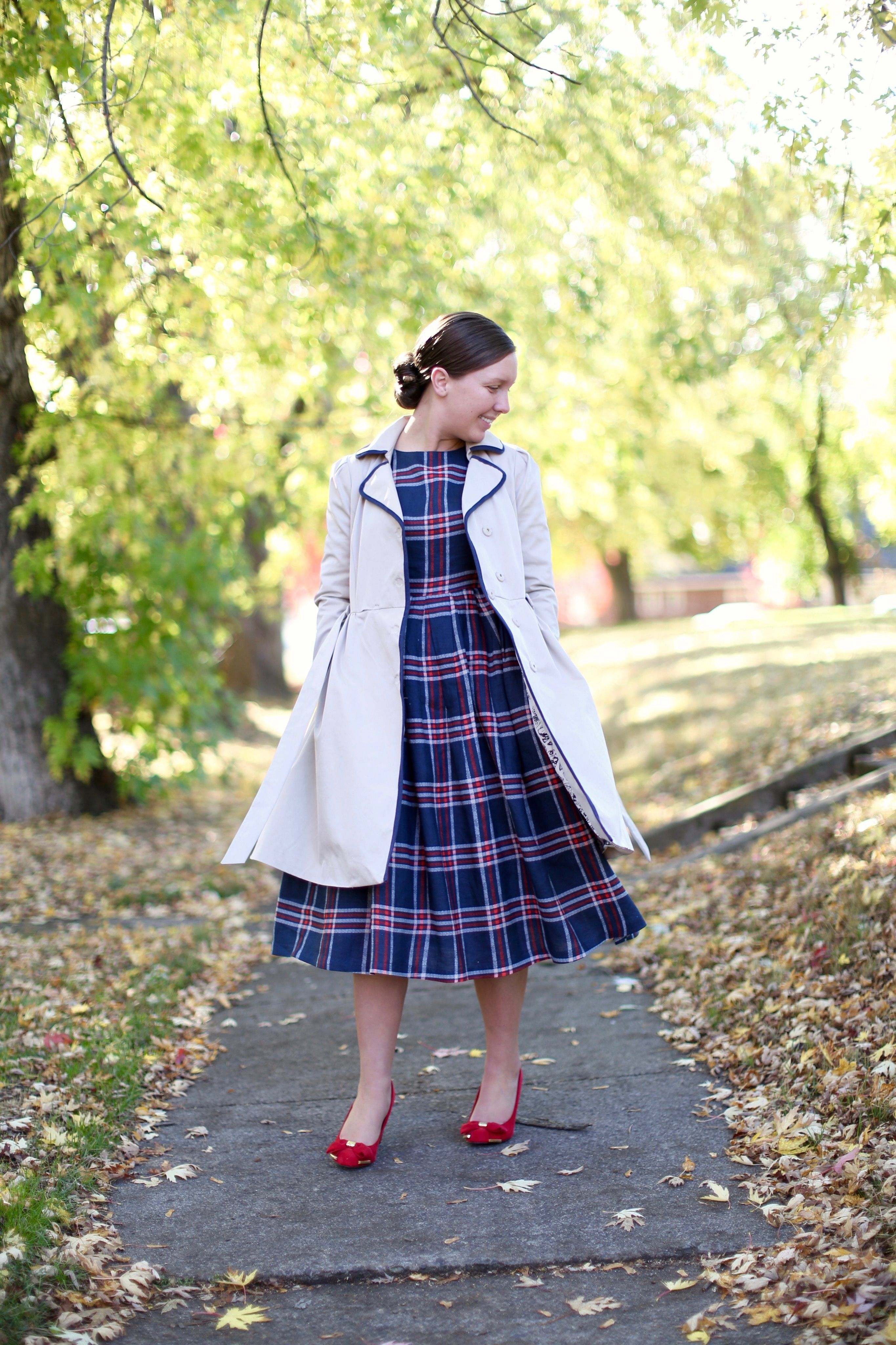 Charity Walter, Dainty Jewell's CEO, features the Highlands Dress on @shesintentional